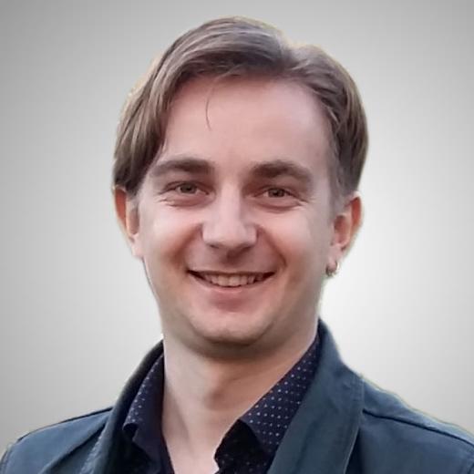 Simon Akhrameev Russian Translator